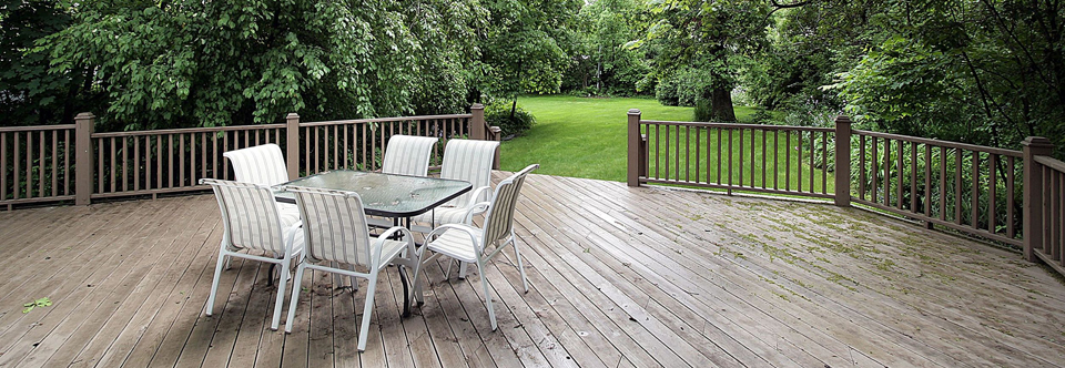 Deck Restoration & Cleaning Services